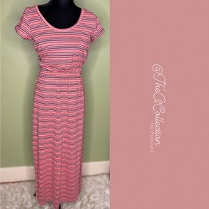 Derek Heart Pink/Gray Striped Keyhole Maxi Sz M